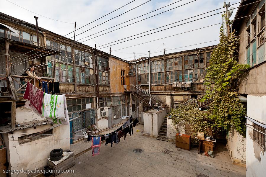 3260 Современный Баку
