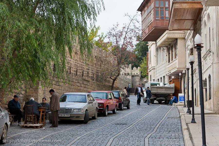 3535 Современный Баку
