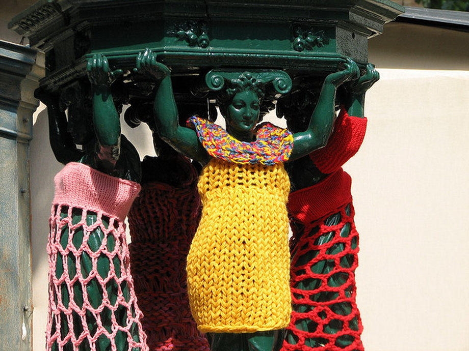 3936 Urban knitting   Шерстяной стритарт