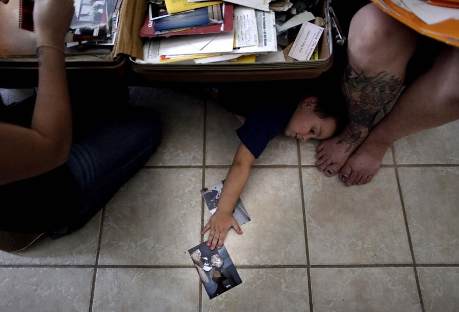 4129 Бывший скинхед удаляет татуировки