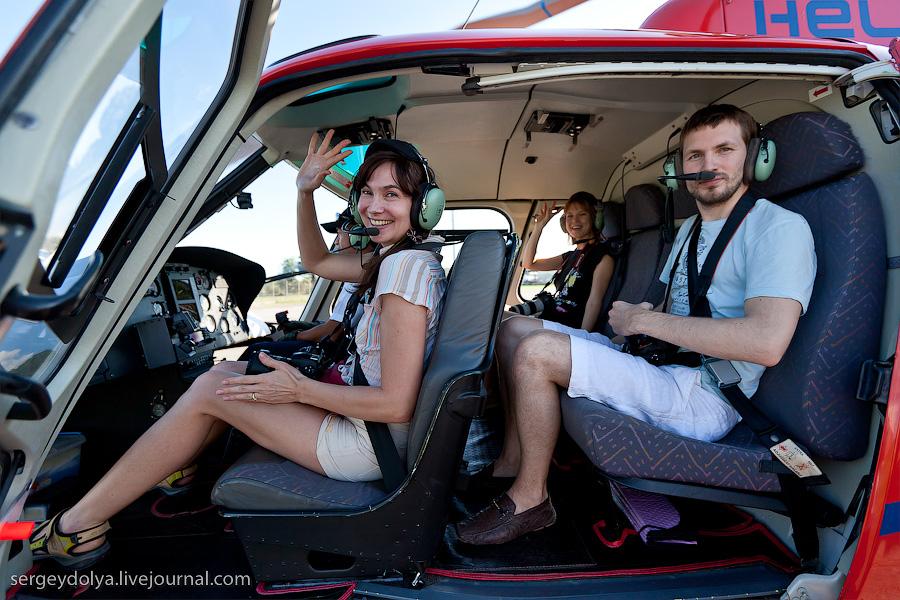 5232 Angkor Wat dari helikopter