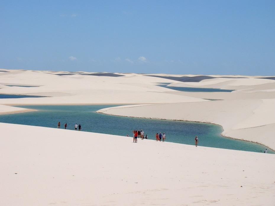 DIFpl000 Простыни Мараньяна: Белые пески Lencois Maranhenses Бразилии