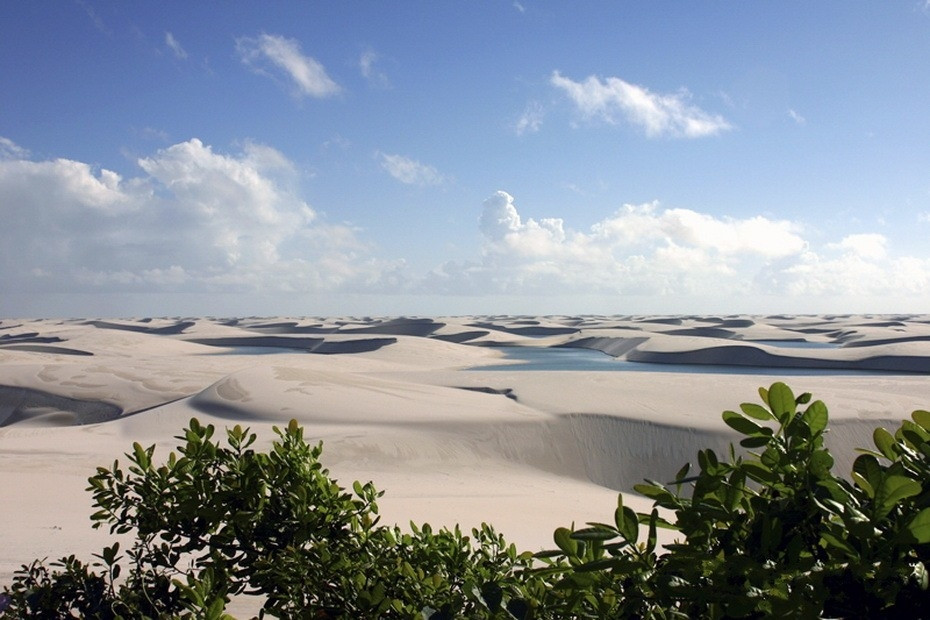 LygPr000 Простыни Мараньяна: Белые пески Lencois Maranhenses Бразилии