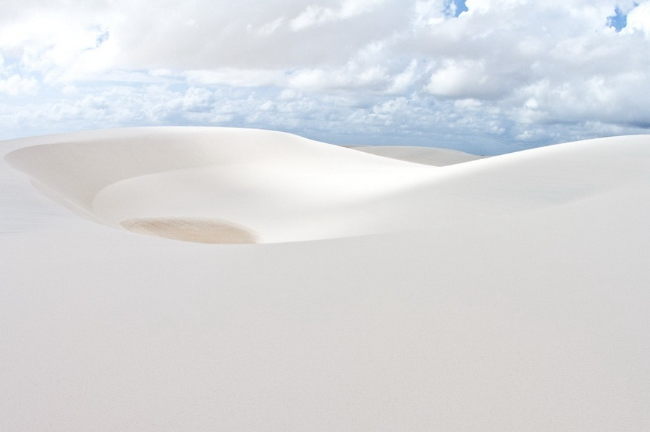 OAc8y000 Простыни Мараньяна: Белые пески Lencois Maranhenses Бразилии