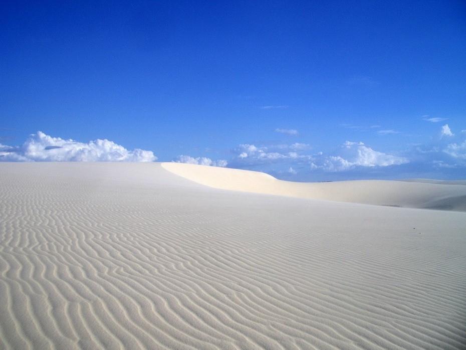 Sn6MJ000 Простыни Мараньяна: Белые пески Lencois Maranhenses Бразилии
