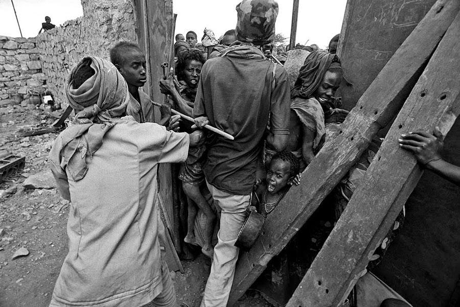 Somalia 1992 Дао военного фотокорреспондента от Брюса Хейли