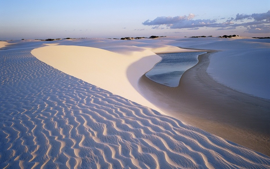 TflC1000 Простыни Мараньяна: Белые пески Lencois Maranhenses Бразилии
