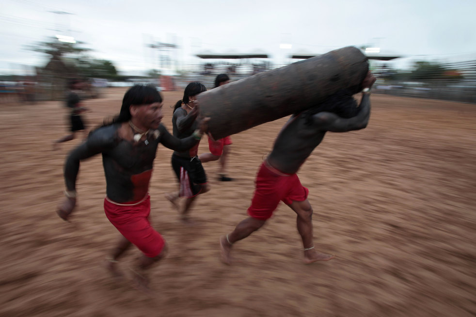 16 brazil adat asli American Games