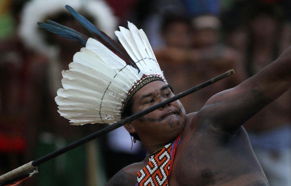 32 brazil adat asli American Games