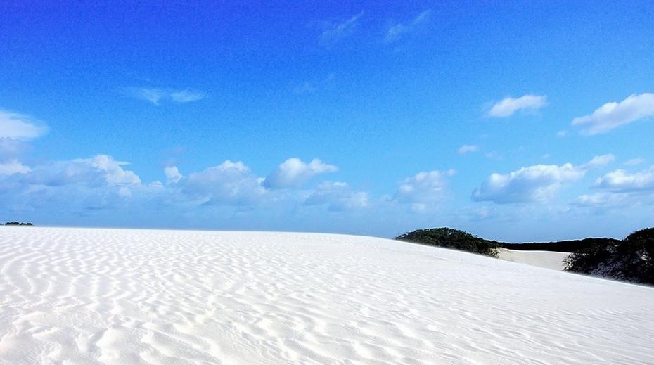 gDxWE000 Простыни Мараньяна: Белые пески Lencois Maranhenses Бразилии