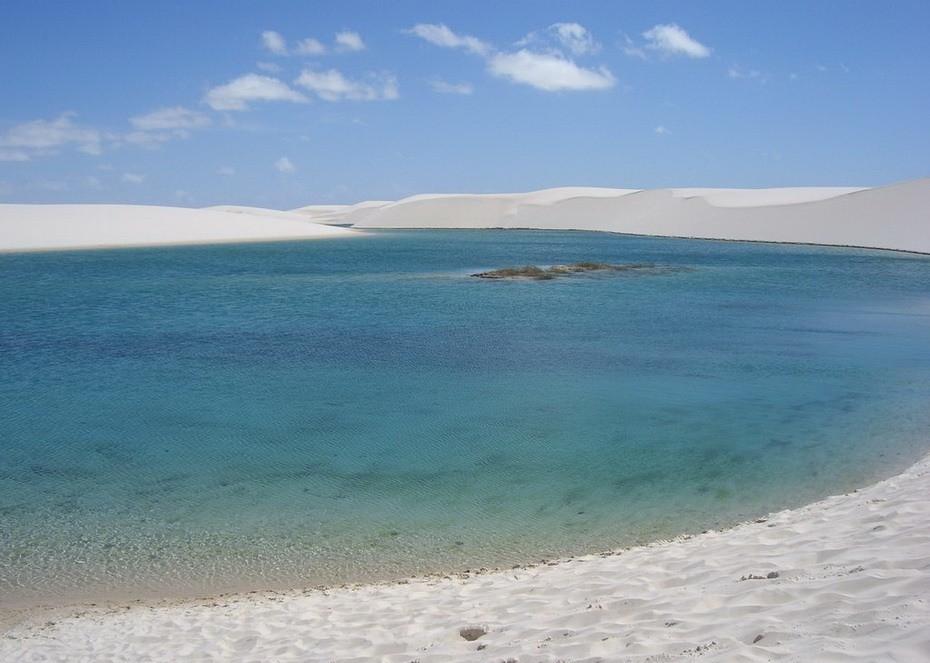 jkMY0000 Простыни Мараньяна: Белые пески Lencois Maranhenses Бразилии