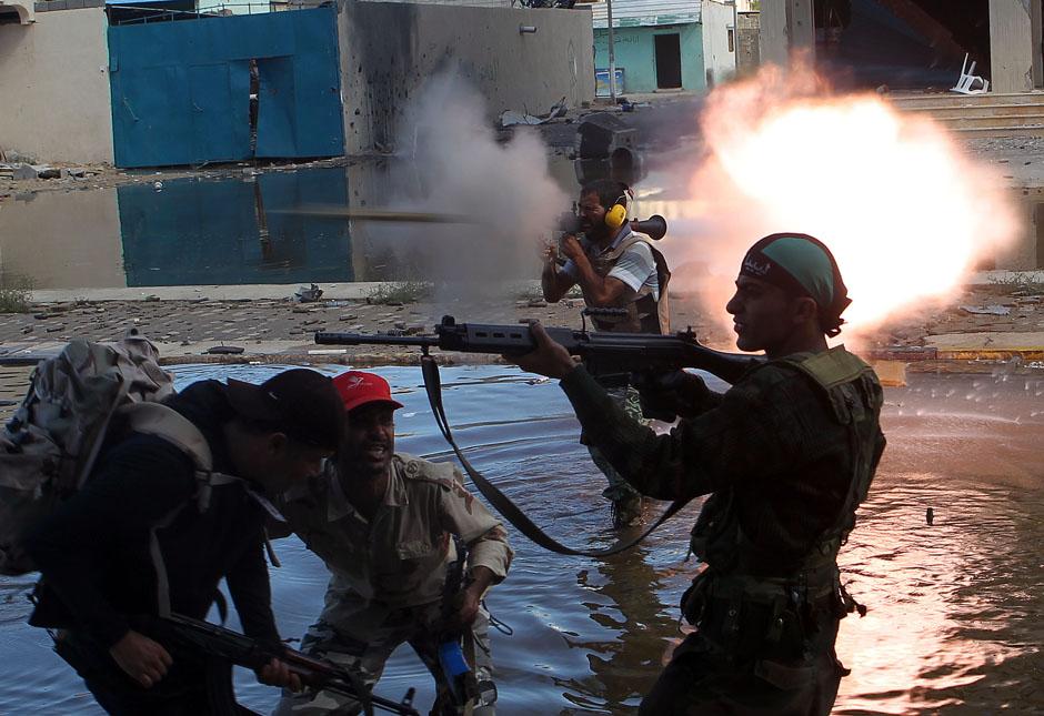 pic011 terbaik foto dari Reuters Oktober