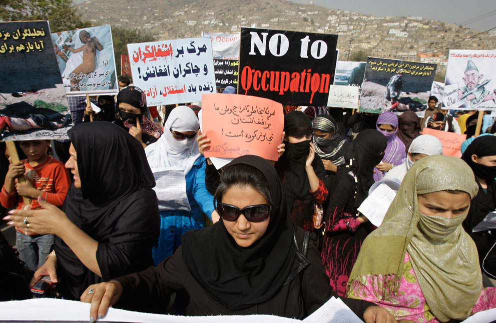 s A06 06010529 Afghanistan: Oktober 2011