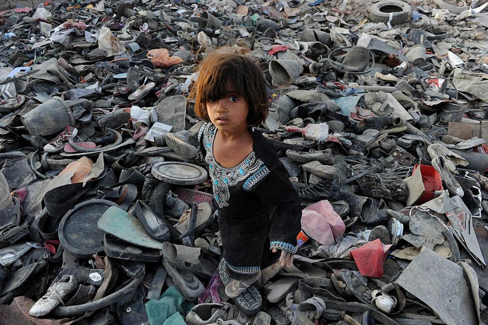 s r17 28.048.243 Daur ulang akan menyelamatkan dunia?