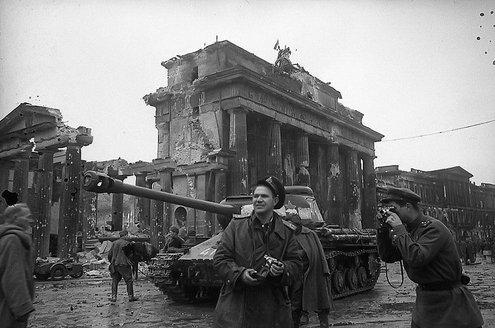 s w07 00haldey Вторая мировая война: Послевоенный период (Часть 20)