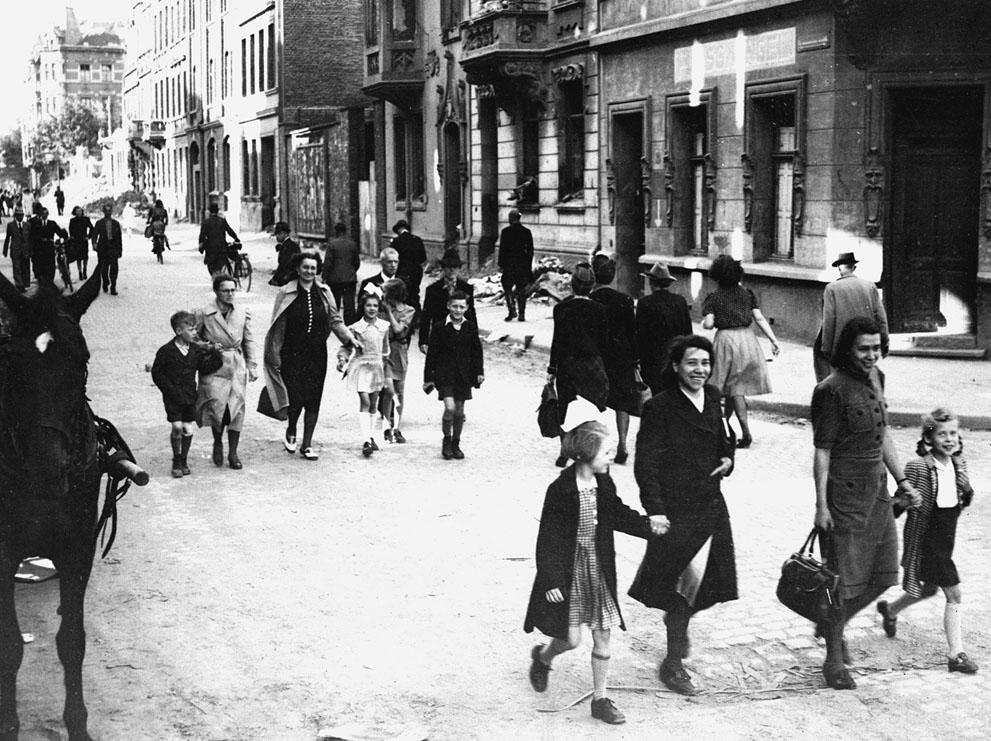s w25 50606023 Вторая мировая война: Послевоенный период (Часть 20)