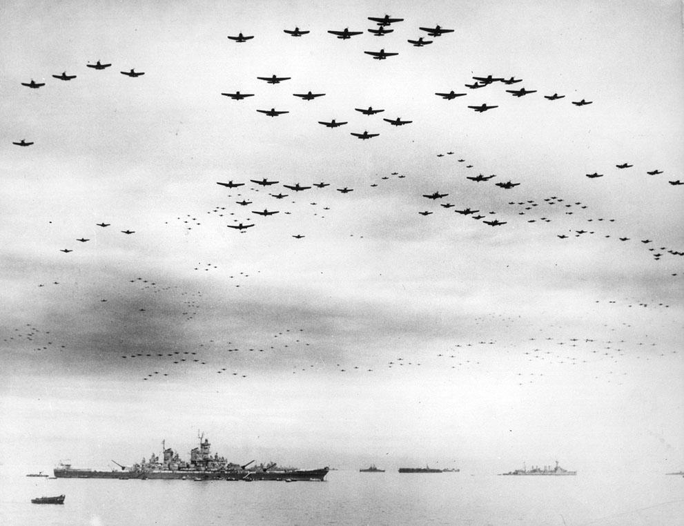 43 десятки самолетов f4u корсар и f6f