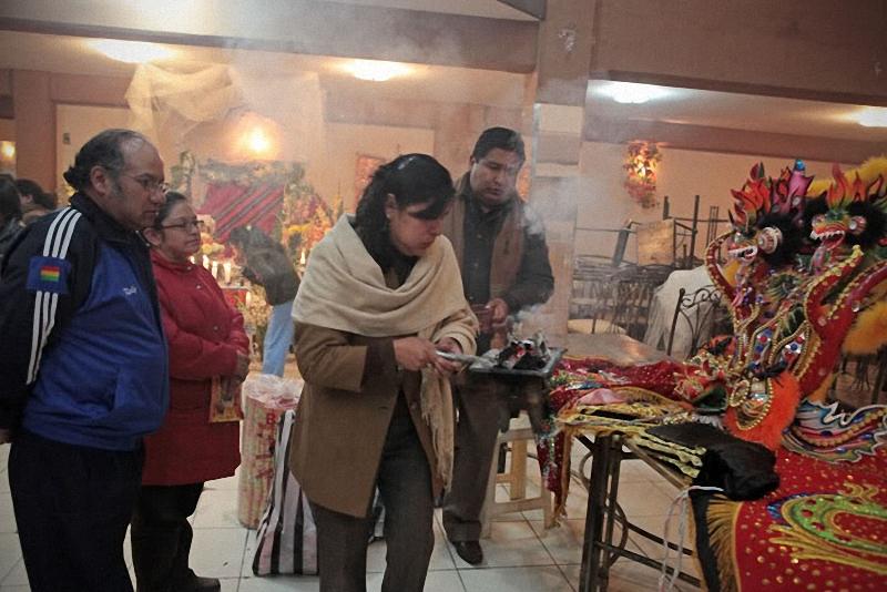 0063 hari libur Bolivia Diablada
