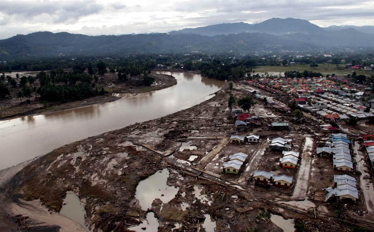 Филиппины в ожидании супертайфуна
