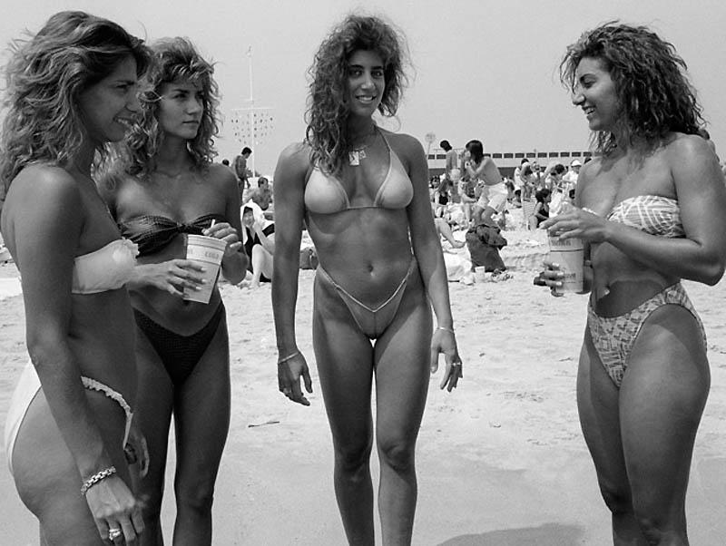 1049 Пляж Джоунс Бич
