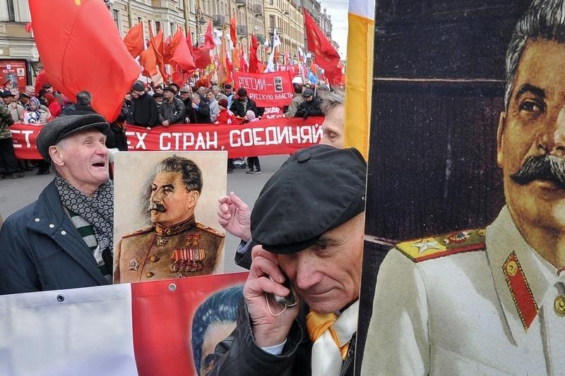 11102 Сцены из российской жизни глазами Александра Петросяна
