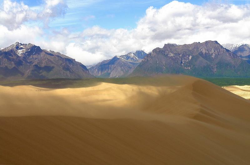 1183 Чарские пески: холодная Сахара Забайкалья