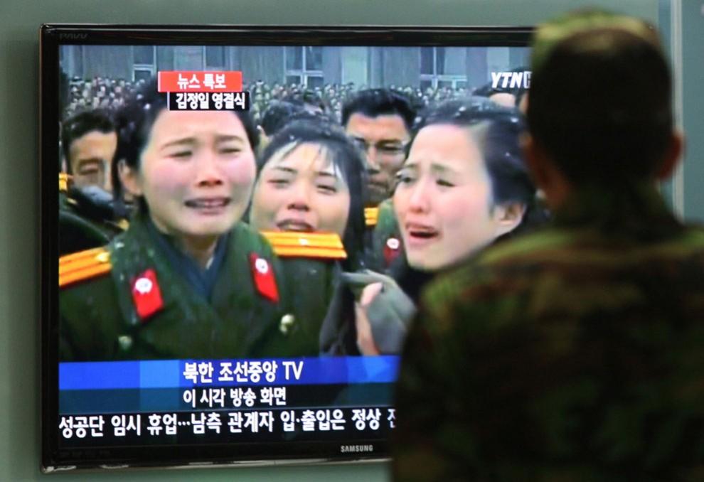 13144 990x678 Северная Корея простилась с Ким Чен Иром