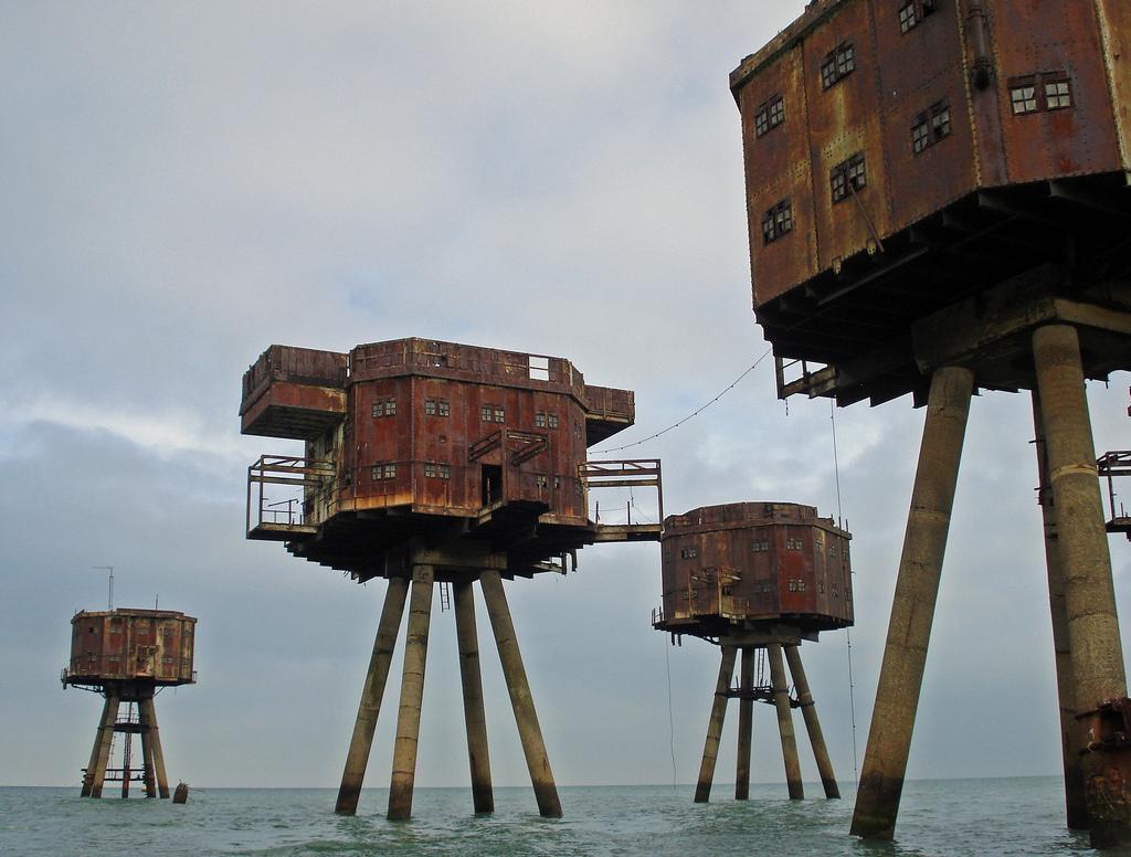 1401 Британские морские форты