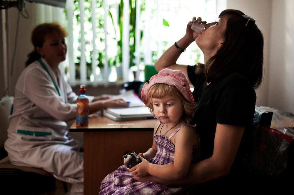 15120 Украина: секс, наркомания, бедность и СПИД в 2011 году