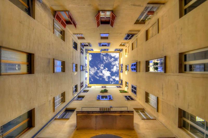 1609 Небо в архитектурной рамке