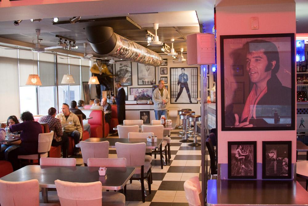17114 Кафе Elvis в Израиле