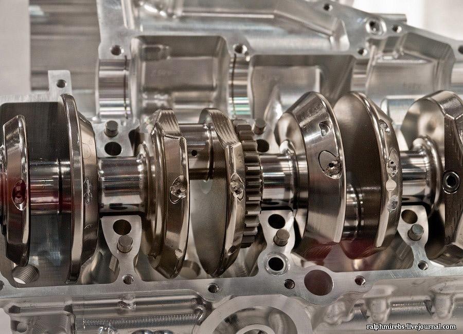 21116 Япония: Двигатели и другие детали