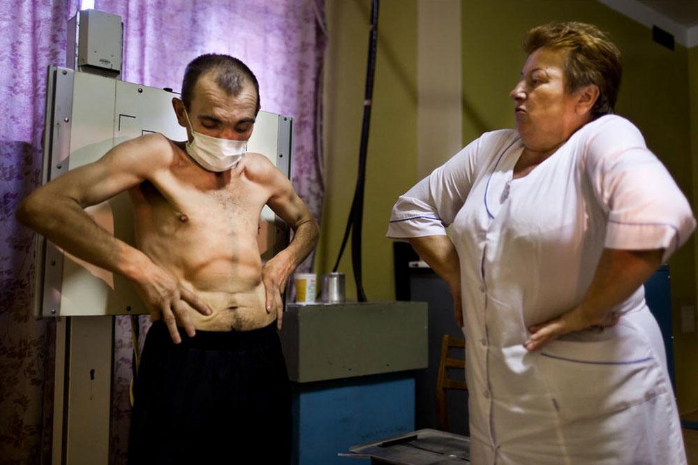 21134 Украина: секс, наркомания, бедность и СПИД в 2011 году
