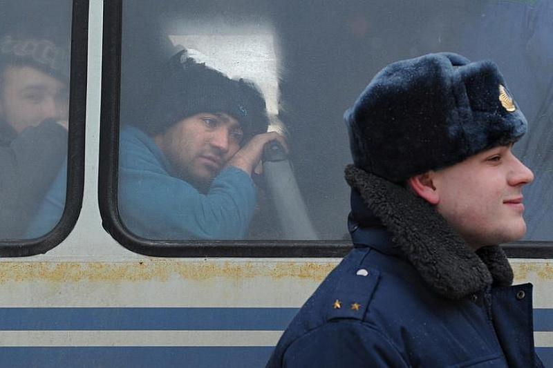 2157 Сцены из российской жизни глазами Александра Петросяна