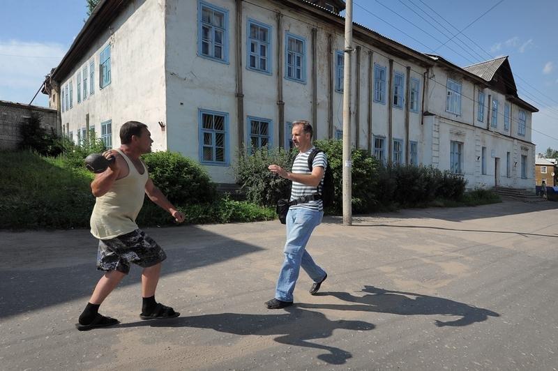 2158 Сцены из российской жизни глазами Александра Петросяна