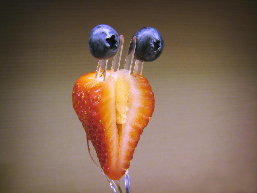 2225 Смешные фрукты
