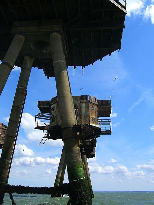 2349 Британские морские форты