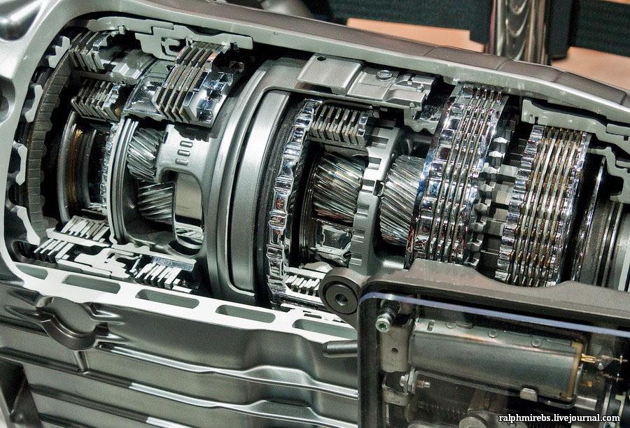 2450 Япония: Двигатели и другие детали