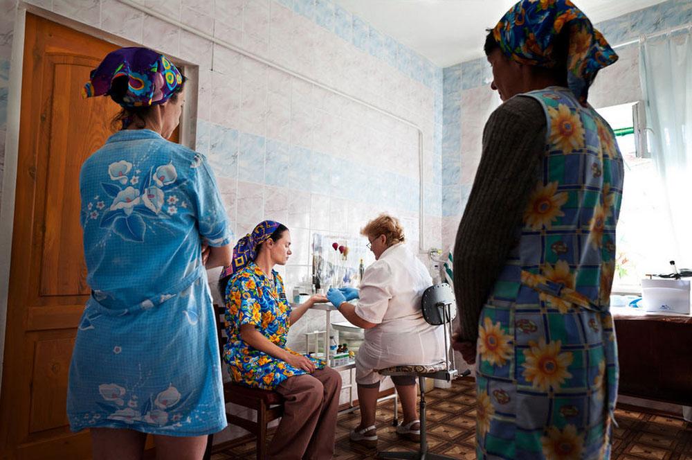 2661 Украина: секс, наркомания, бедность и СПИД в 2011 году