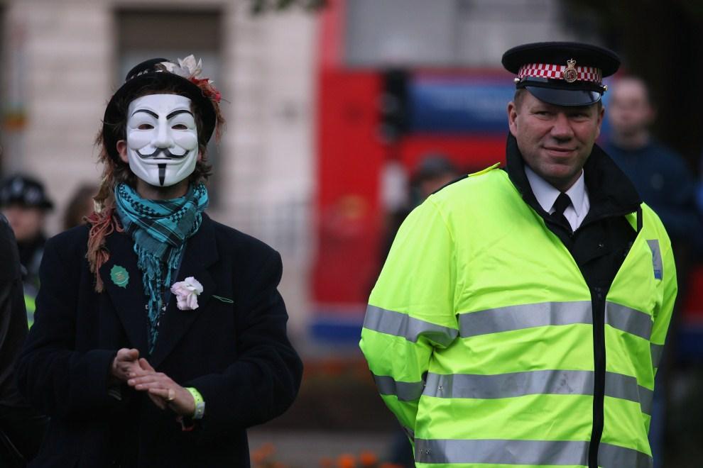 2750 Анонимы со всего света