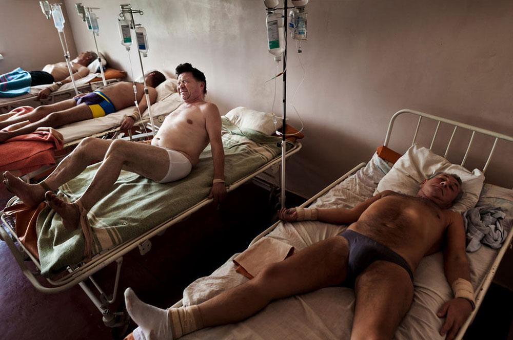2856 Украина: секс, наркомания, бедность и СПИД в 2011 году