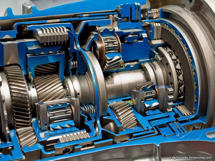 3199 Япония: Двигатели и другие детали