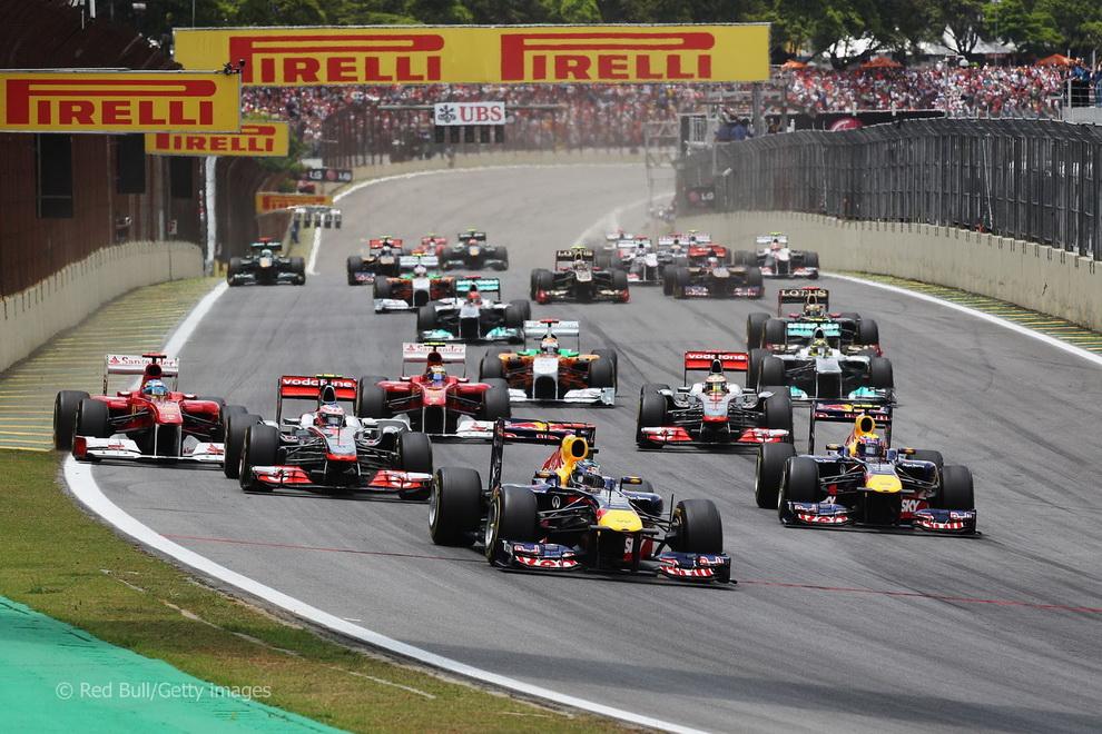 За кулисами Гран-при Бразилии 2011: фоторепортаж