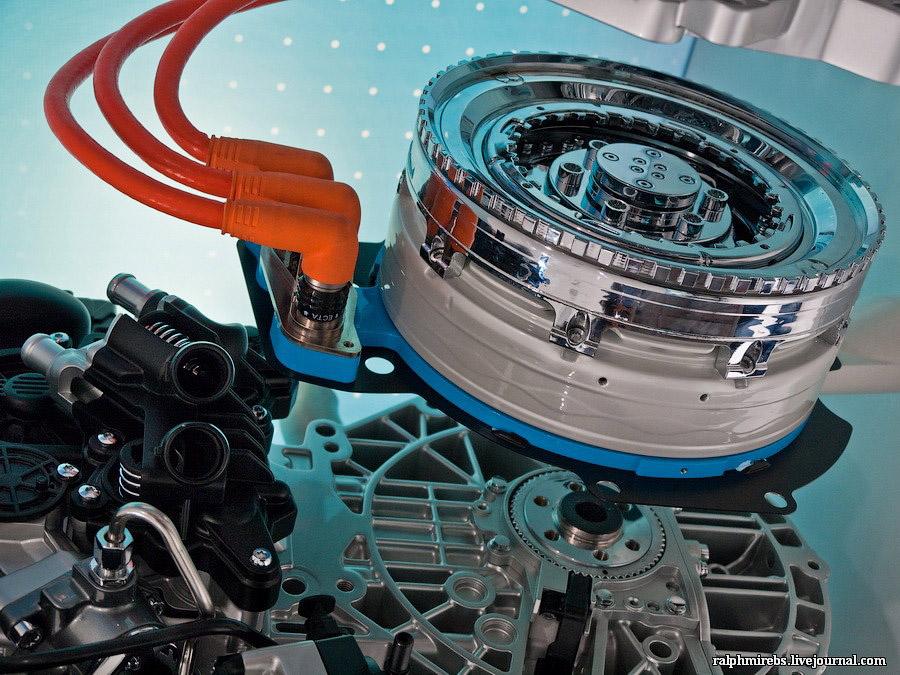 3336 Япония: Двигатели и другие детали