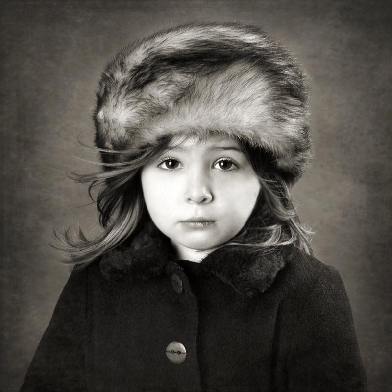 Мы собрали для вас красивую подборку фотографий с портретами разных людей...
