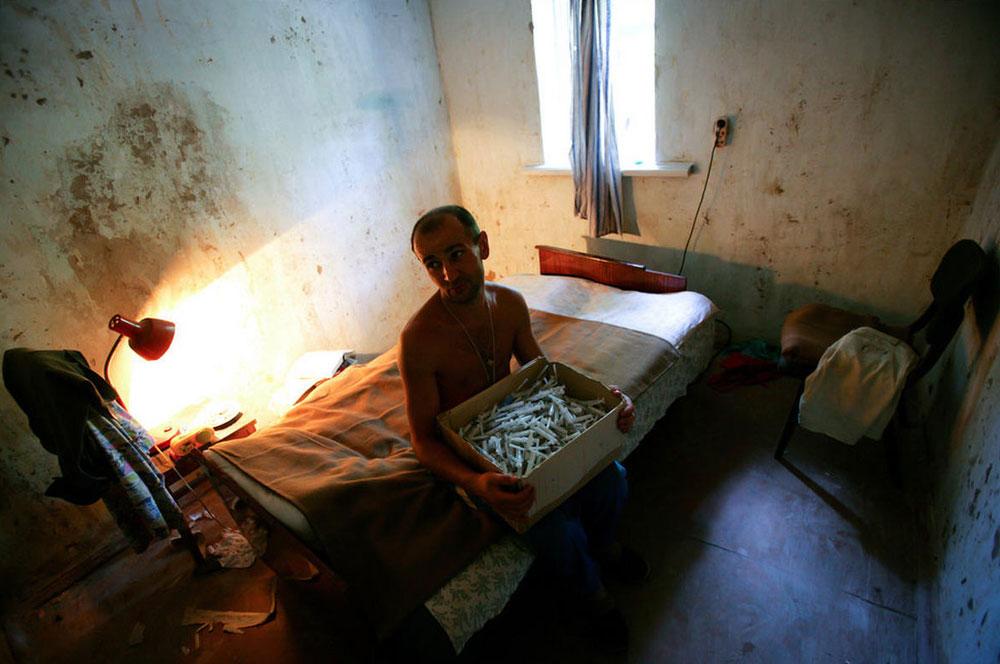 3736 Украина: секс, наркомания, бедность и СПИД в 2011 году