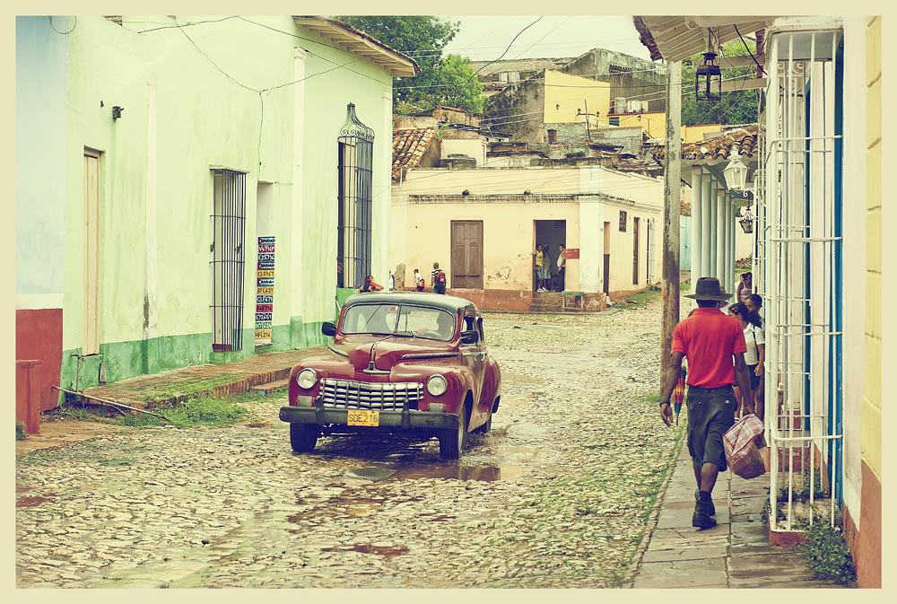 4229 Фотопрогулка по Тринидаду