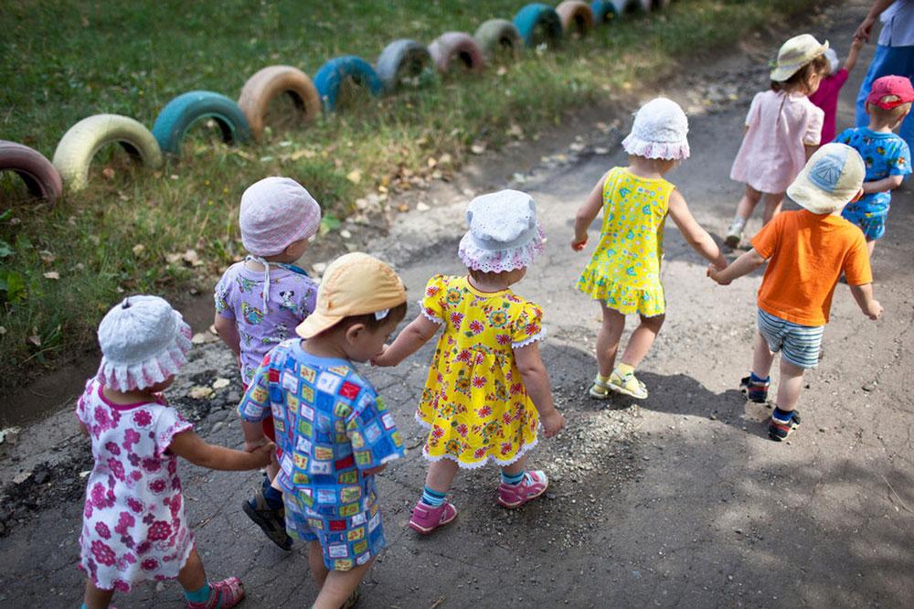 4423 Украина: секс, наркомания, бедность и СПИД в 2011 году