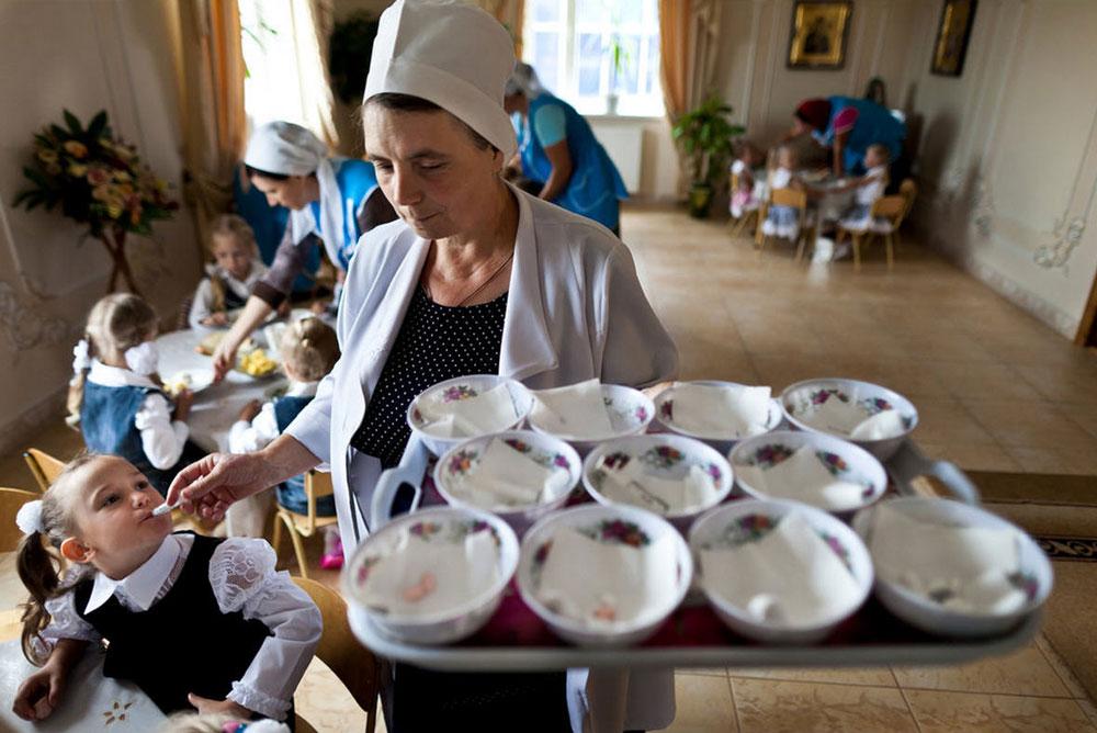 4817 Украина: секс, наркомания, бедность и СПИД в 2011 году