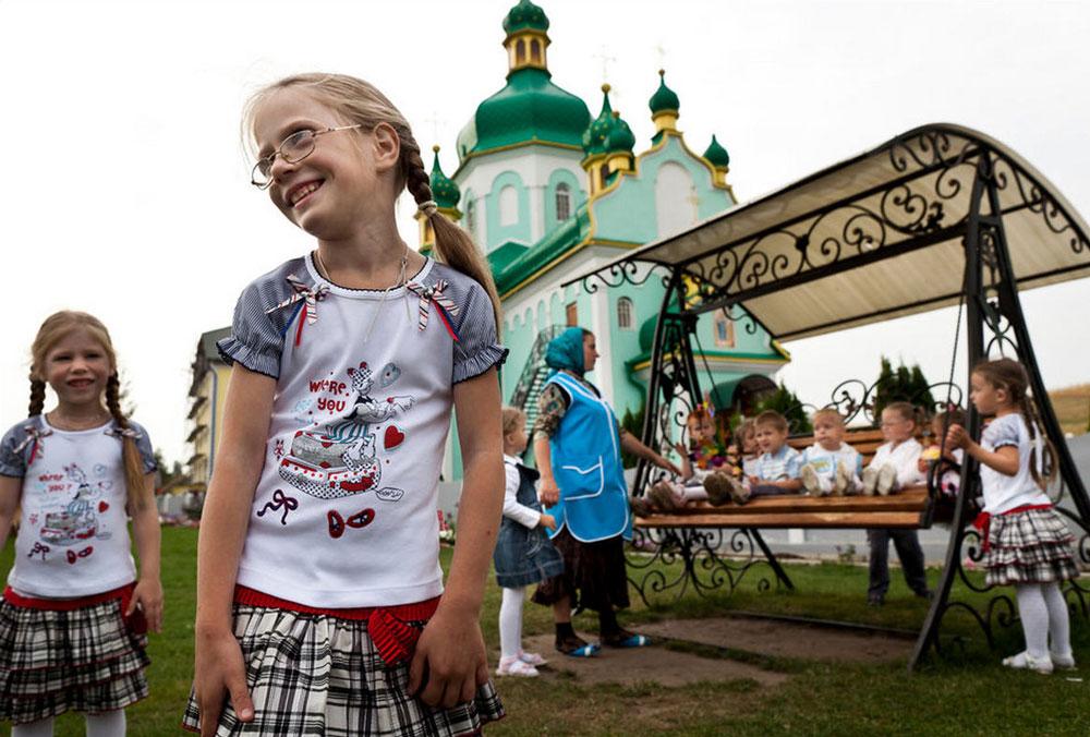 5013 Украина: секс, наркомания, бедность и СПИД в 2011 году